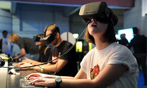 贵阳开合屏 2017第二届全球虚拟现实与增强现实中国峰会结束